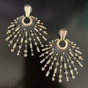 Kendra Scott Fabia earrings